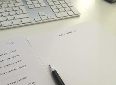 Schreibt Briefe